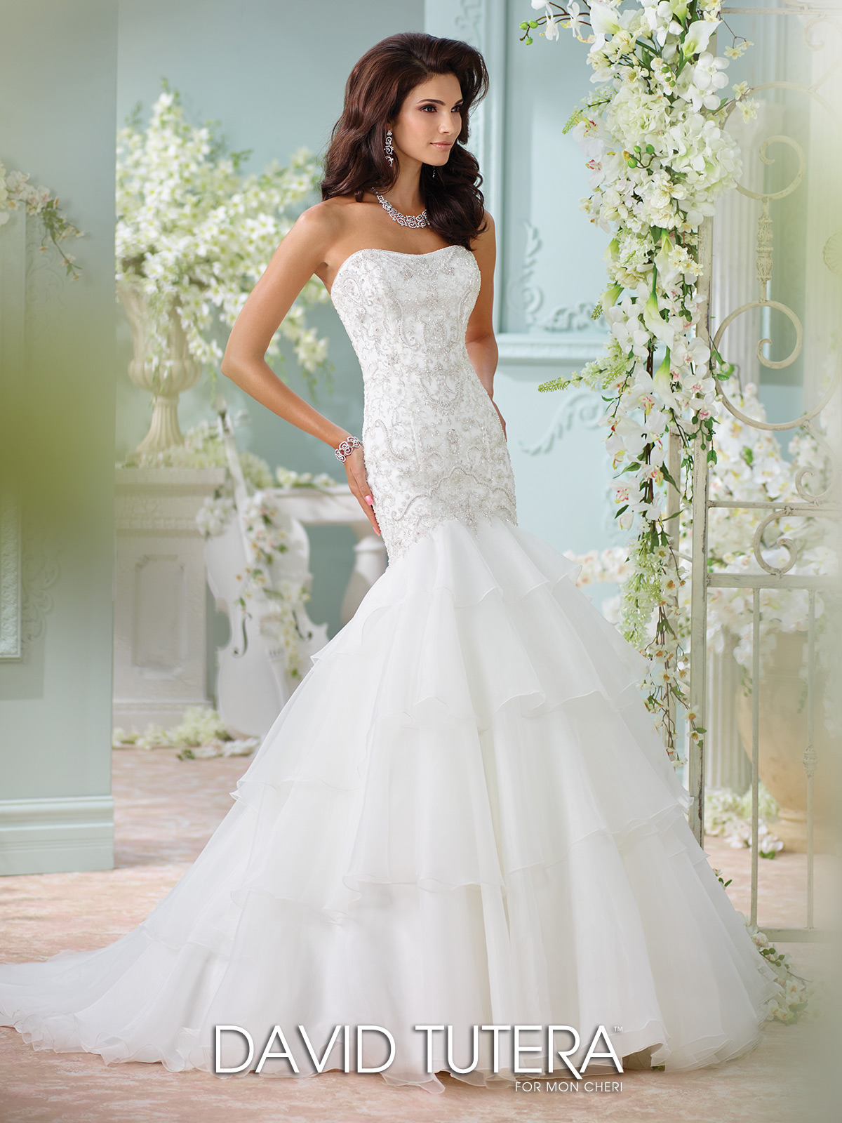 116207-Ottawa-bridal-shop-wedding-dresses-2017.