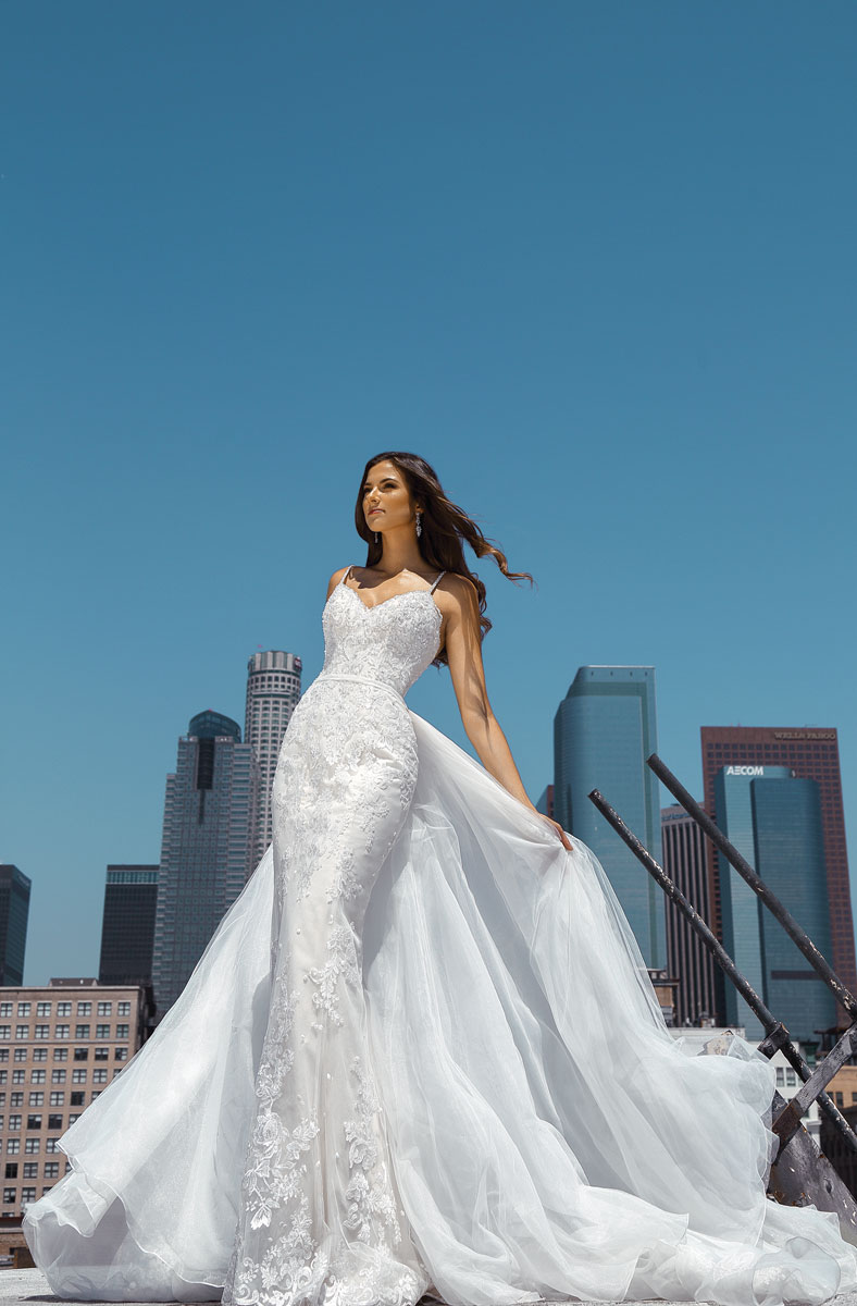 simple lace wedding dress with detachable skirt