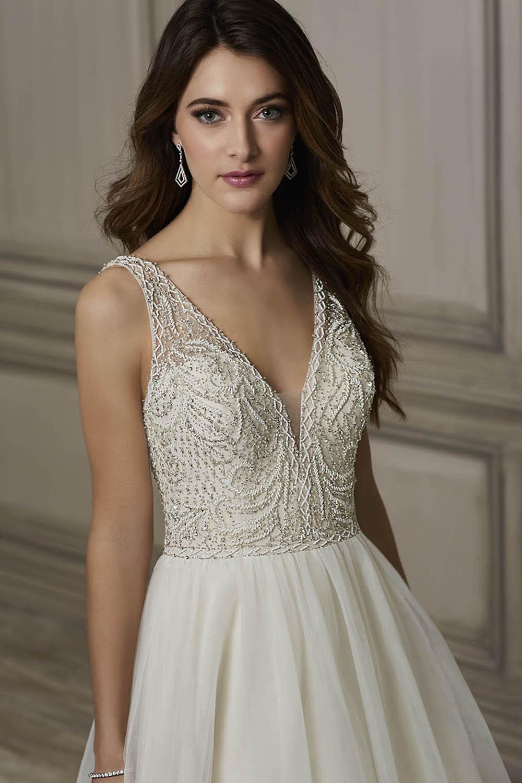 Brooke_jaqueline_bridal_moscatel_bridal_boutique-3