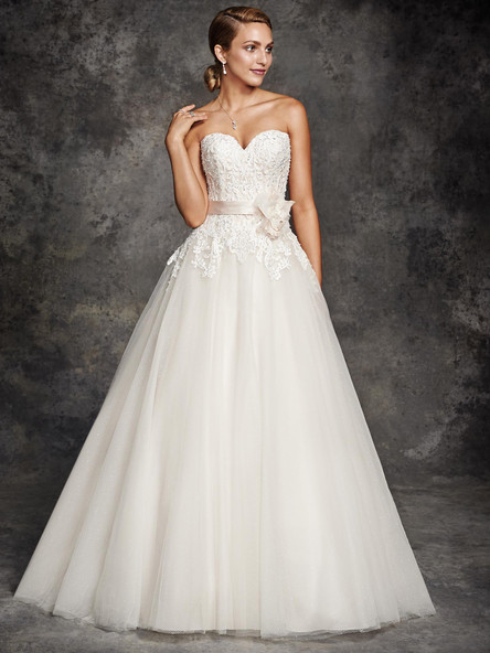 be251-Kenneth-winston-ballgown-lace-wedding-gown