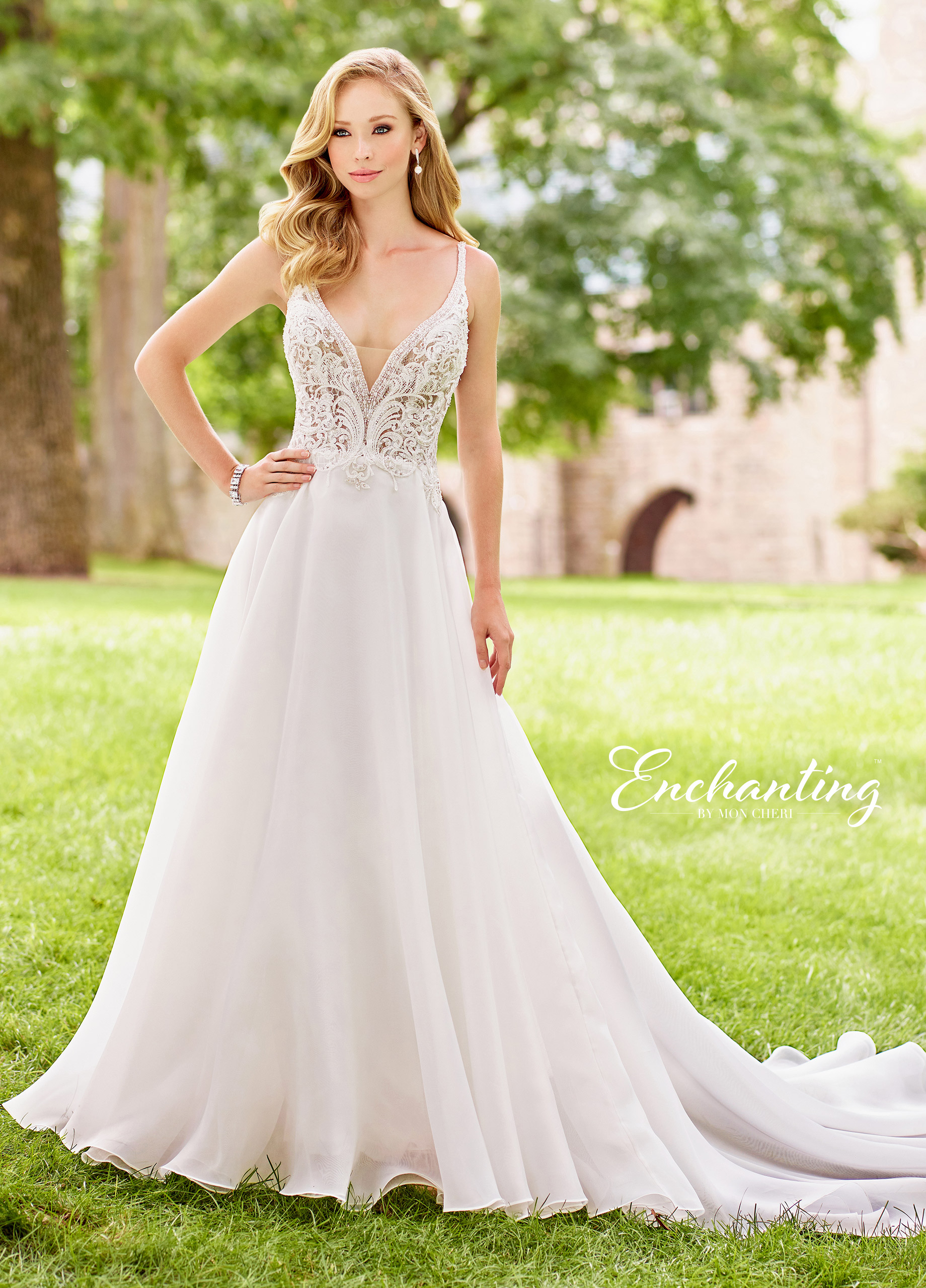 beach-wedding-dress-Enchanting-118137_A