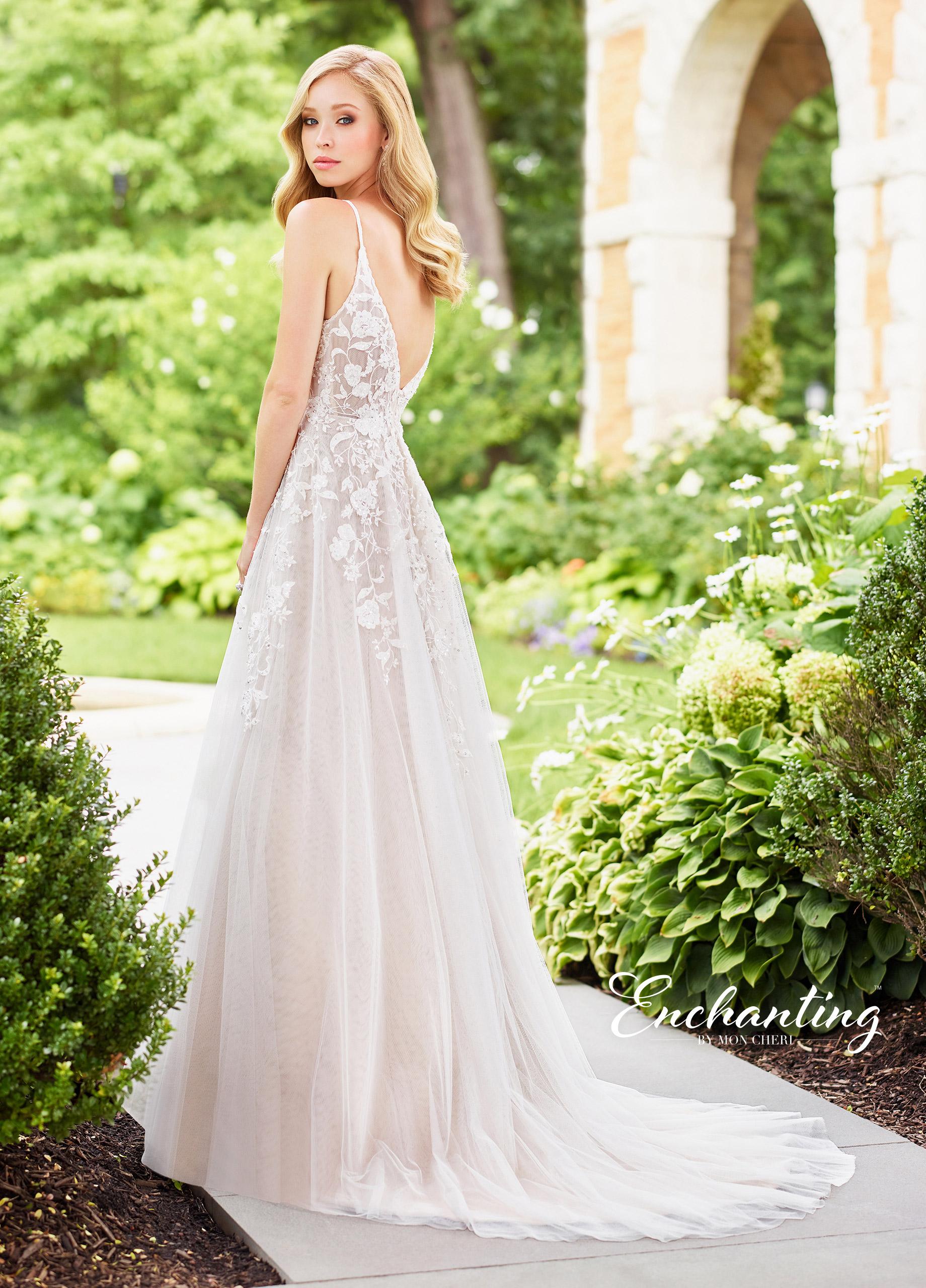 destination-wedding-dress-Enchanting-118136_B