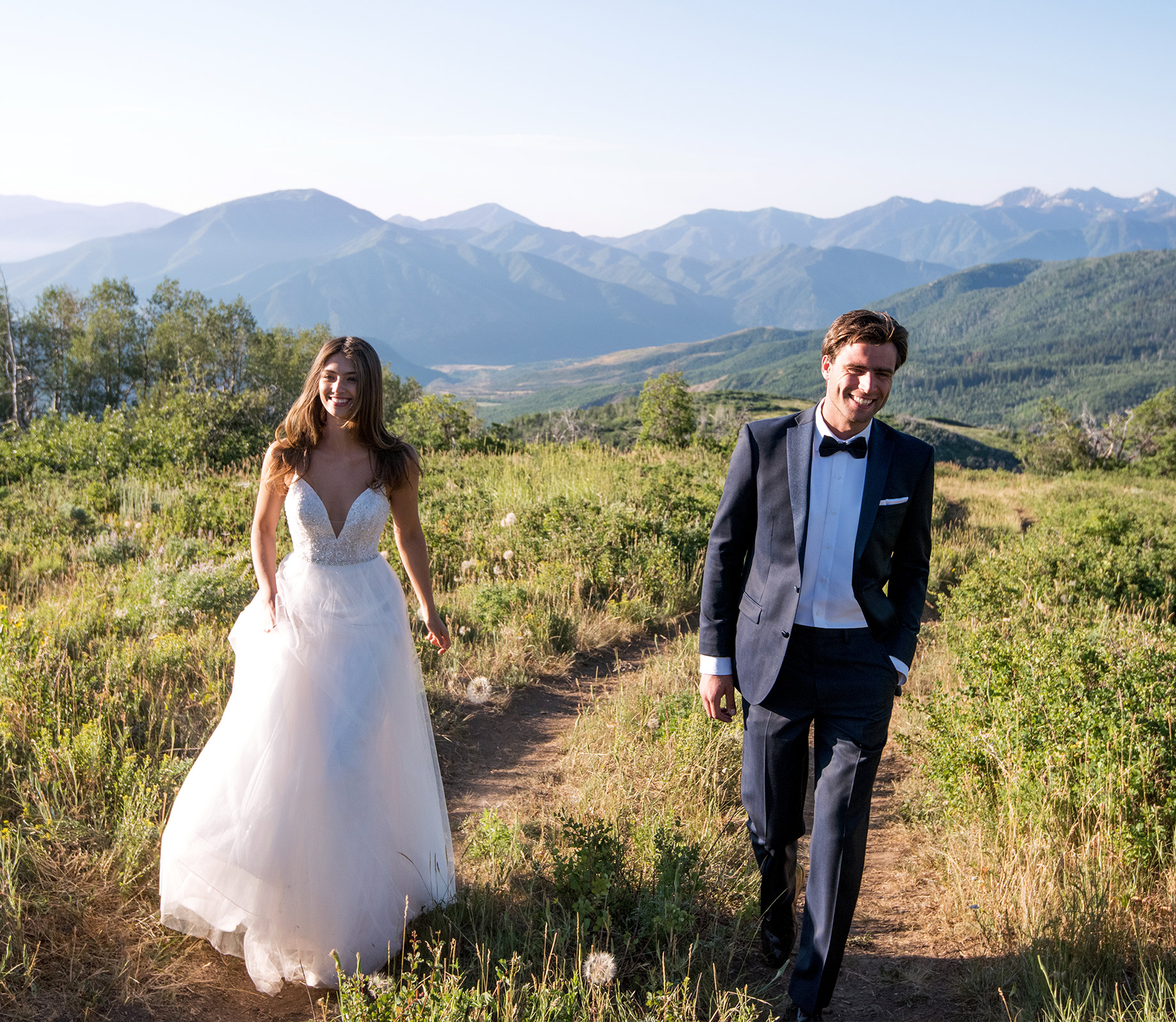 destination-wedding-dress-Martin-Thornburg-Mon-Cheri-118273_D