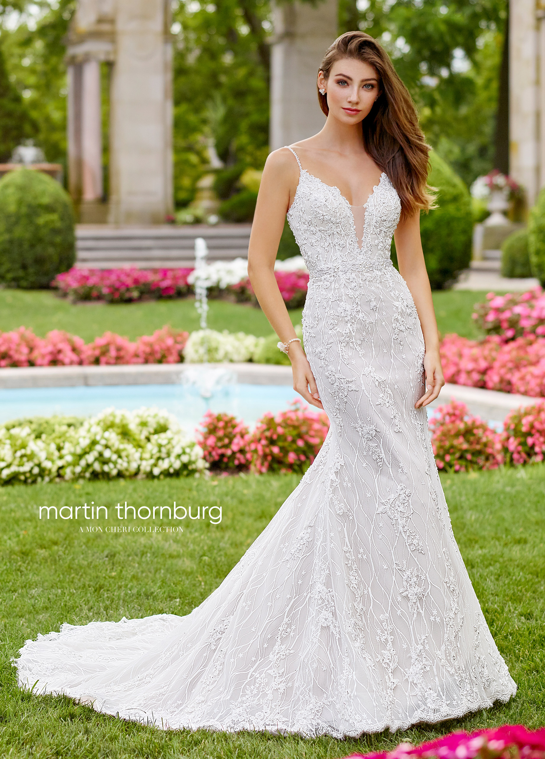 fitted-weddng-dres-Martin-Thornburg-Collection-118252_A