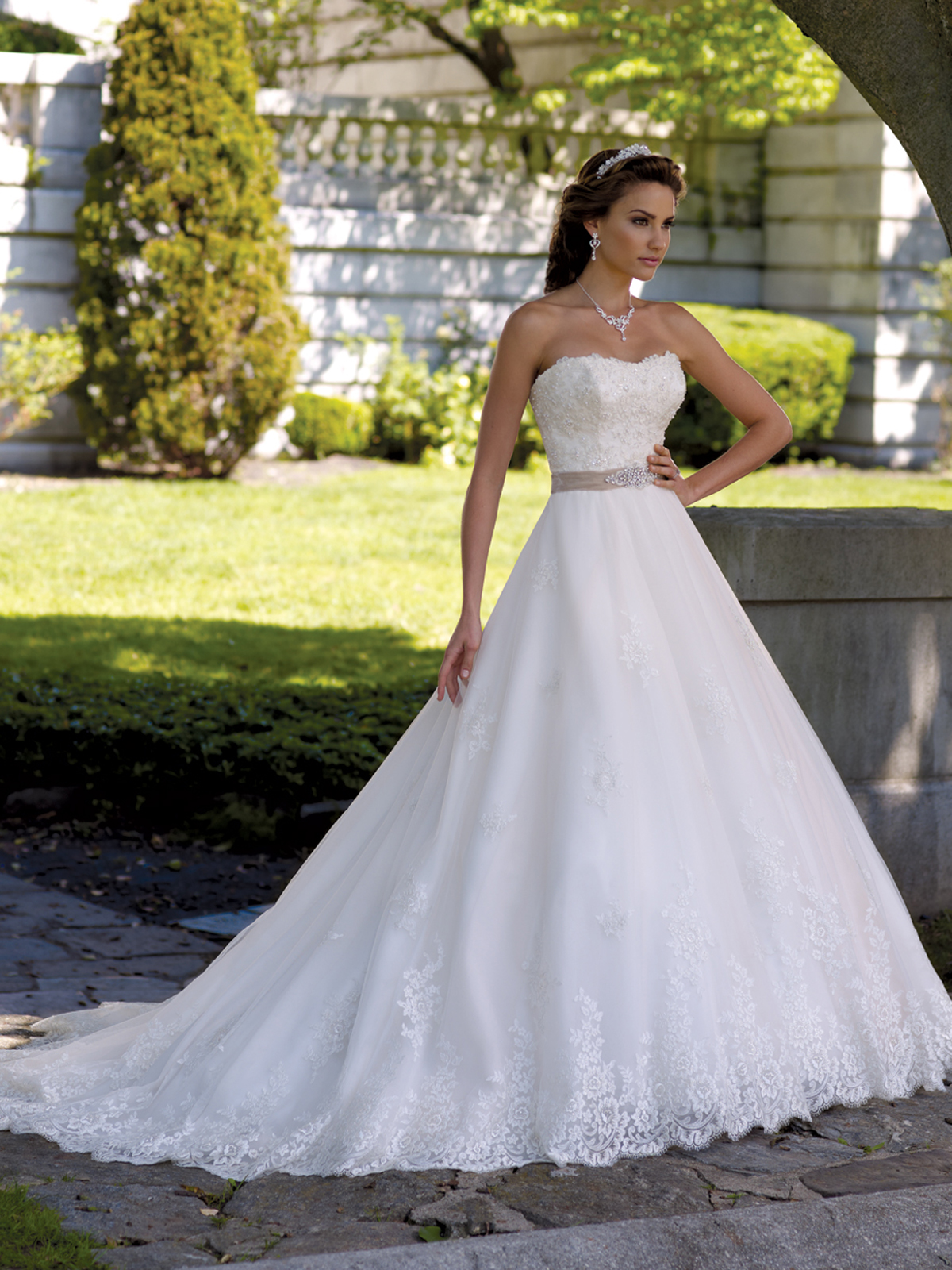 David Tutera Dress now on Sale